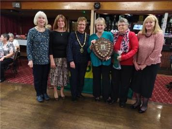 Players receiving W&D Ladies League Trophy - Tring Ladies Receive League Trophies